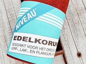 schuurpapier-p100-voor-palletbank-verven-en-beschermen-tegen-de-winter